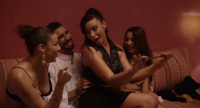 film gratuit lesbienne escort taverny